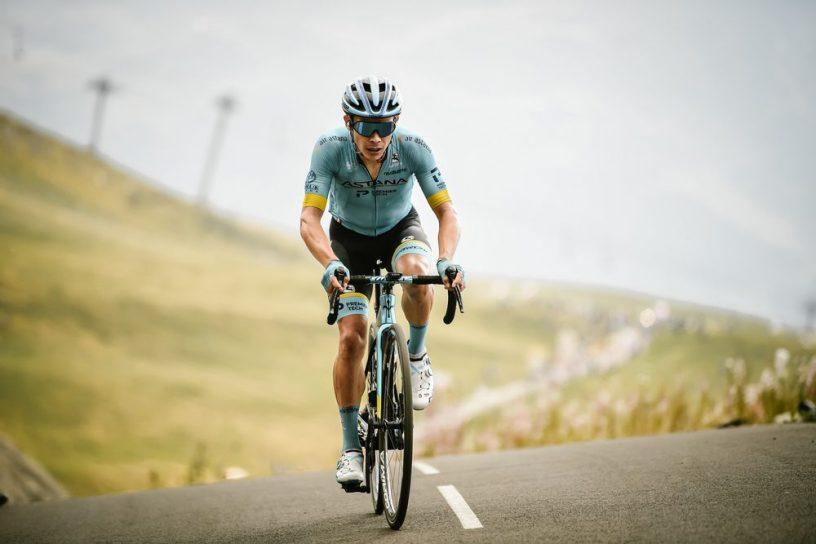 Miguel Angel Lopez au sommet du Col de La Loze