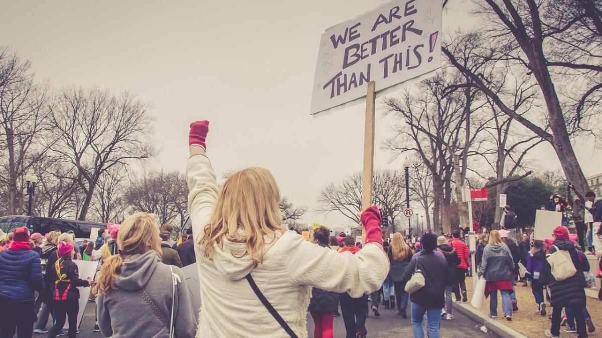 Menjaga Kewarasan di Tahun Politik