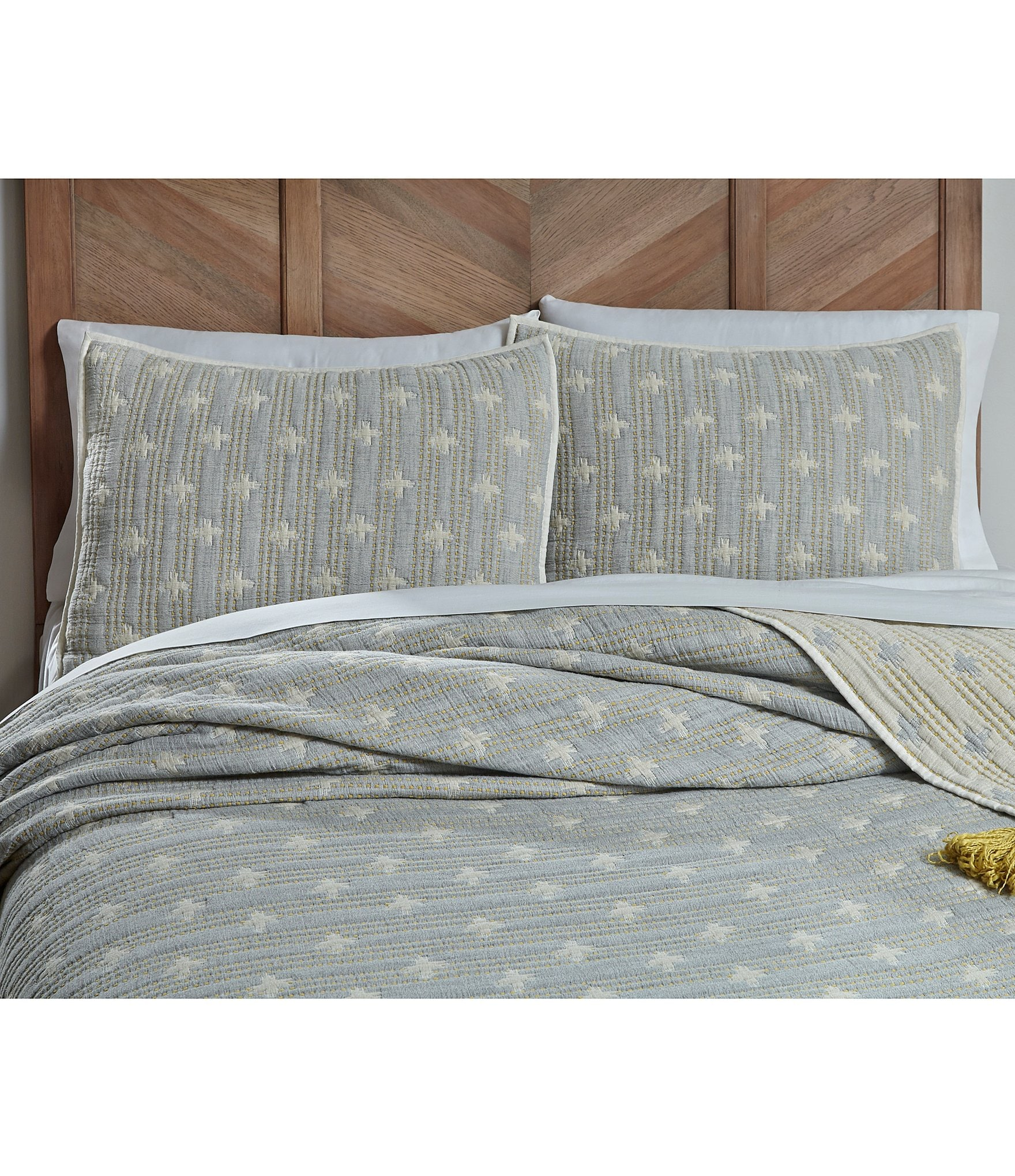 southern living simplicity collection knox matelasse coverlet dillard s