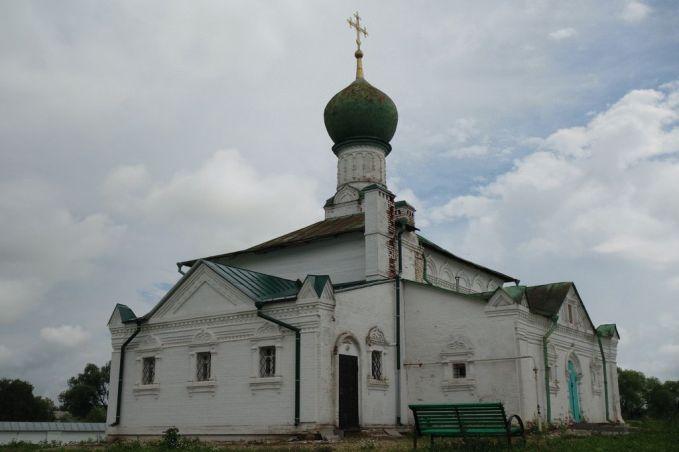 Церковь Всех святых, построенная на месте скудельниц прп. Даниила