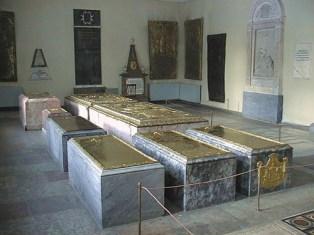 Погребения Шереметевых в Свято-Духовском храме на Лазаревском кладбище Александро-Невской лавры