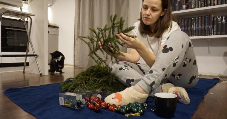 Kaip namie pasidaryti Kalėdų vainiką