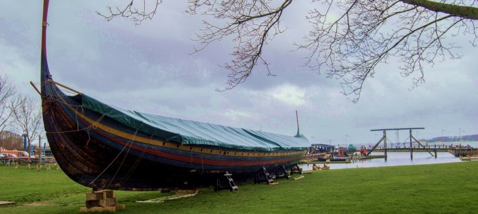Roskilde y tour en barco Copenhague