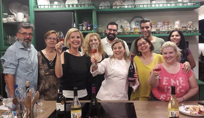 Αξέχαστες γεύσεις με… τα κρασιά Ράπτη