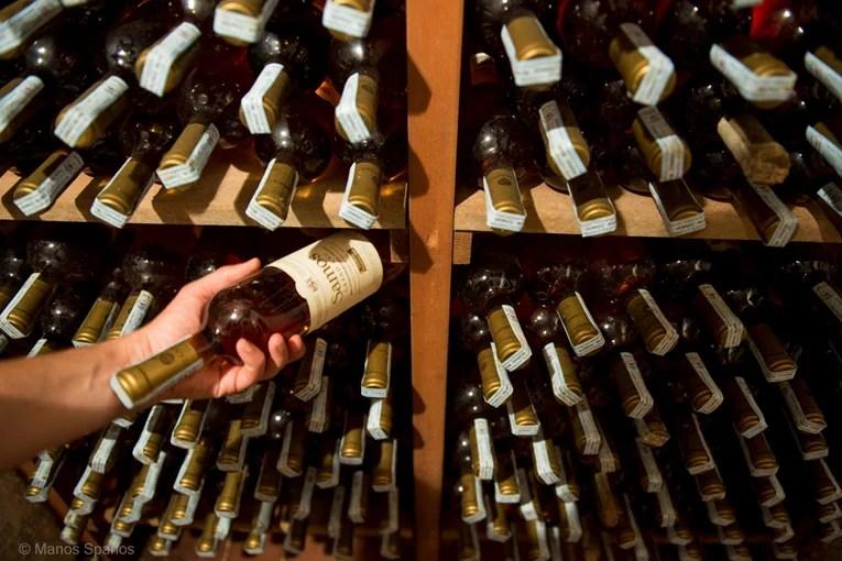 Τέχνη και σαμιώτικο κρασί «στο Ατελιέ»