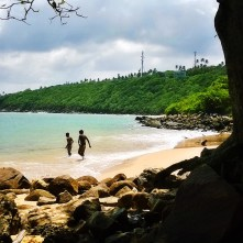 jungle beach rumassala daytime