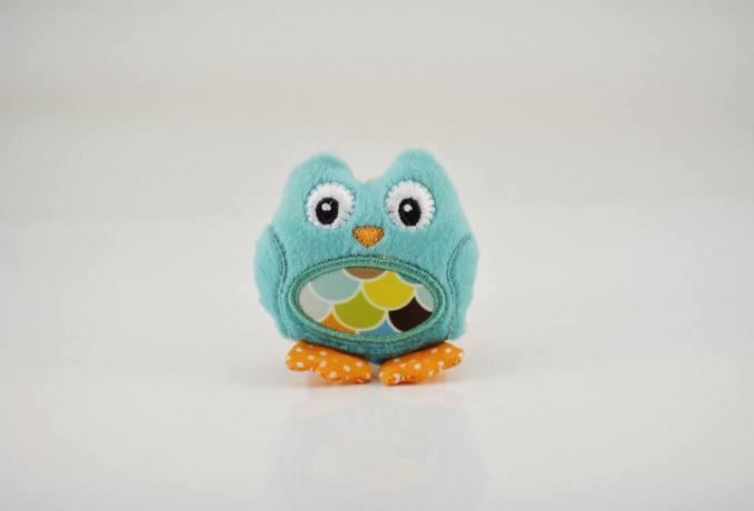 gambar boneka burung berwarna biru muda / baby blue dari kain flanel