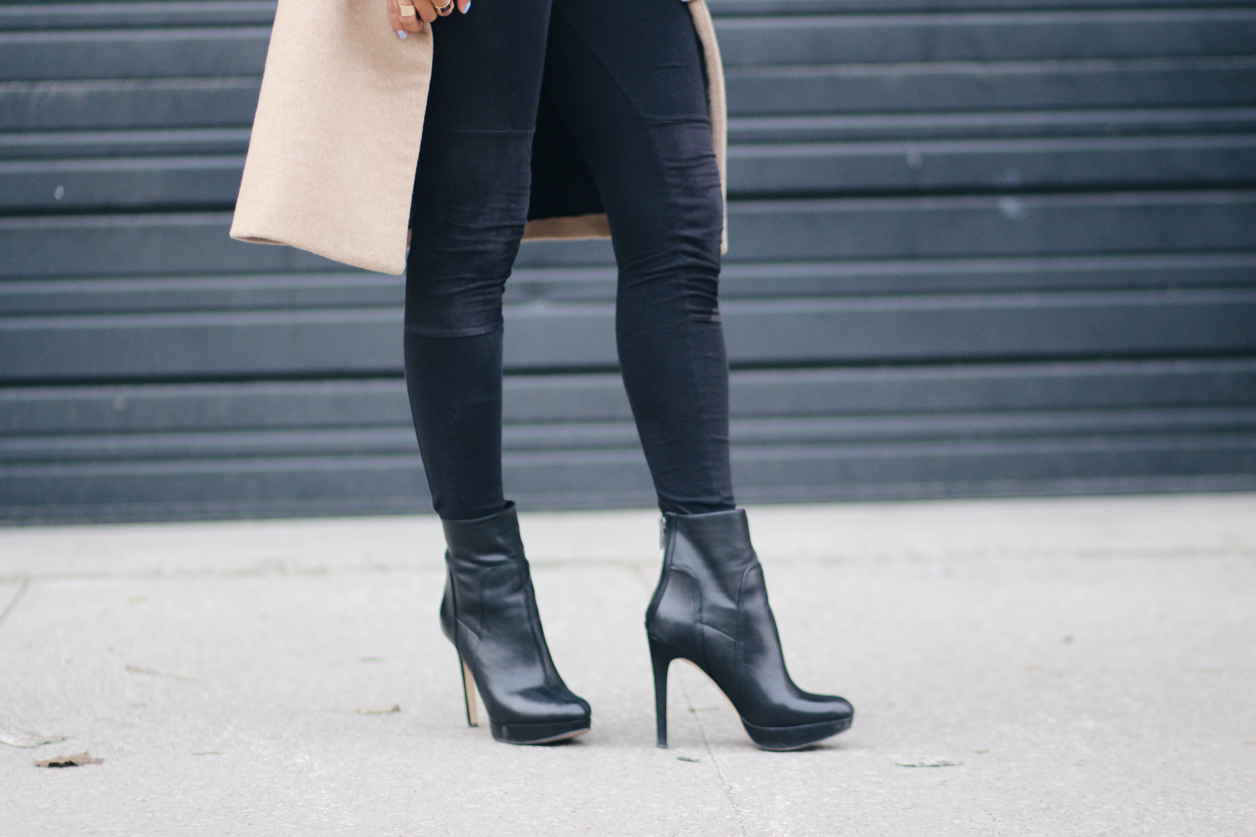 9bd629609267 Black Leather Ankle Boots - Dine   Fash