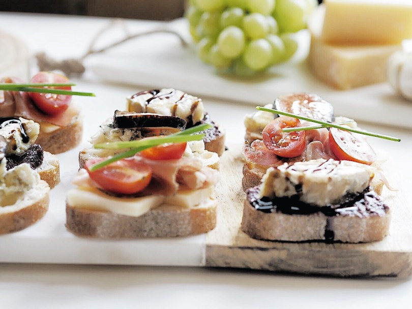 Another angle of the trio of crostini