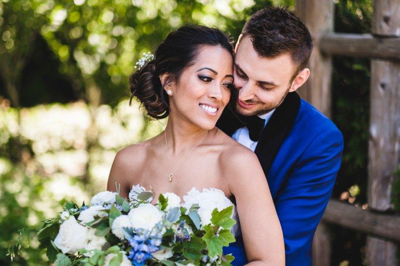 Wedding day photo bride groom