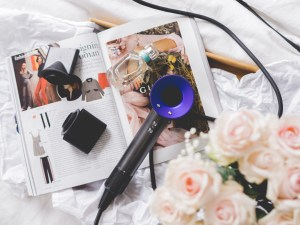 Flatlay of Dyson Supersonic hair dryer