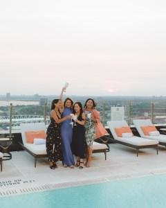 Falcon SkyBar on the rooftop, which includes The Nest on the 27th floor and The Perch on the 28th floor, serves a variety of bar bites, appetizers and sharing plates. Tip: try the signature Falcon goddess cocktail, which is refreshing and will not disappoint!