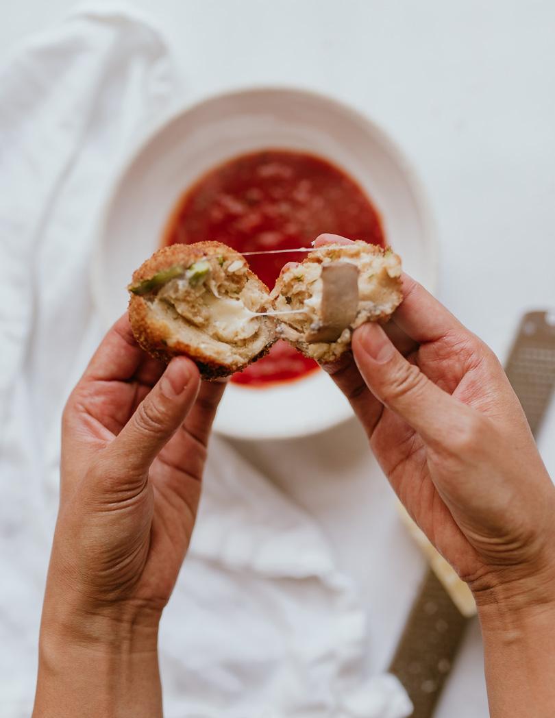arancini with cheese inside
