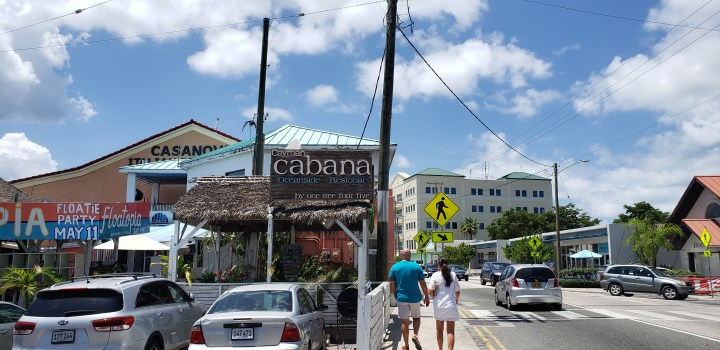 Cayman Cabana is an excellent lunch choice near the cruise pier in Georgetown, Grand Cayman. Turn left from the cruise pier and walk about a block past a beach.