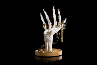 skeleton-hand-jewellery-tidy