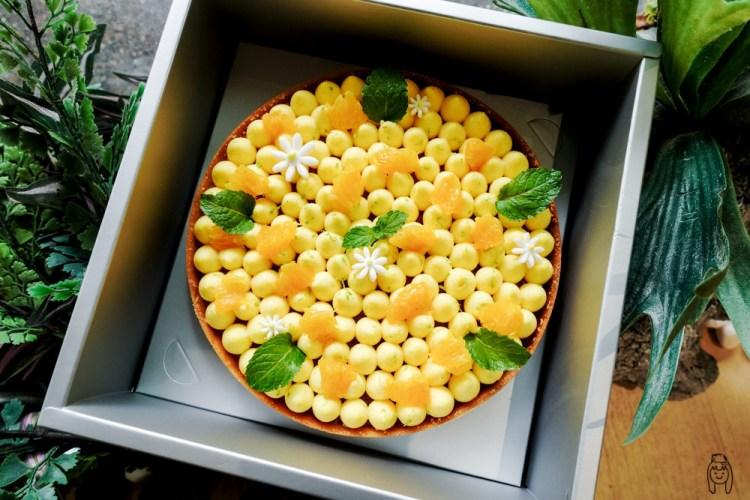 台南東區甜點 「漫步左岸法式甜點Celso Pâtisserie」有令人驚豔的大蛋糕、千層蛋糕及有故事的法式甜點,適合當生日蛋糕或送禮喔!