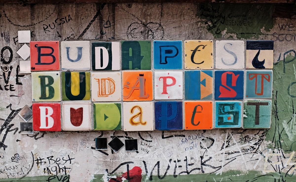 Boedapest met kinderen / Budapest with kids: Szimpla Kert Budapest