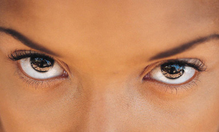 How Eye Contact Affects Our Brains