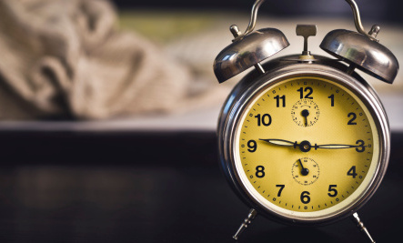 6 Morning Hacks to Make Waking Up Easier