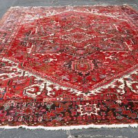 Iran heris medallion rug