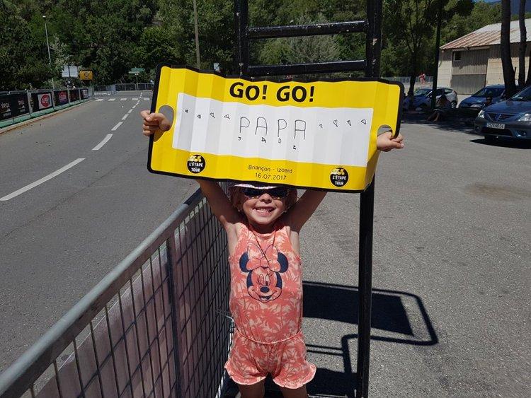 Etape du Tour 2017 - ma plus grande fan au taquet à l'arrivée