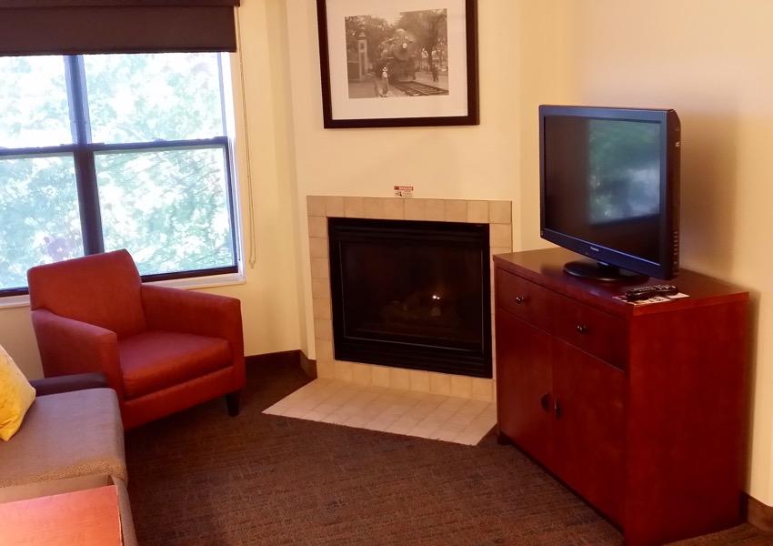 Living Room Suite At Residence Inn Roseville, MN