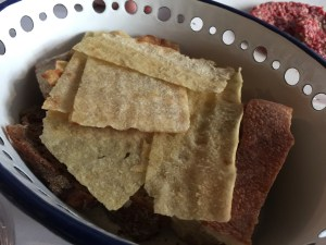 additions to the bread basket for tartar