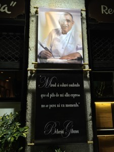 chef's pic on the outside