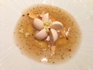 Apple, stinging nettle, oat flakes ice cream, blosssom pollen, grape seed oil