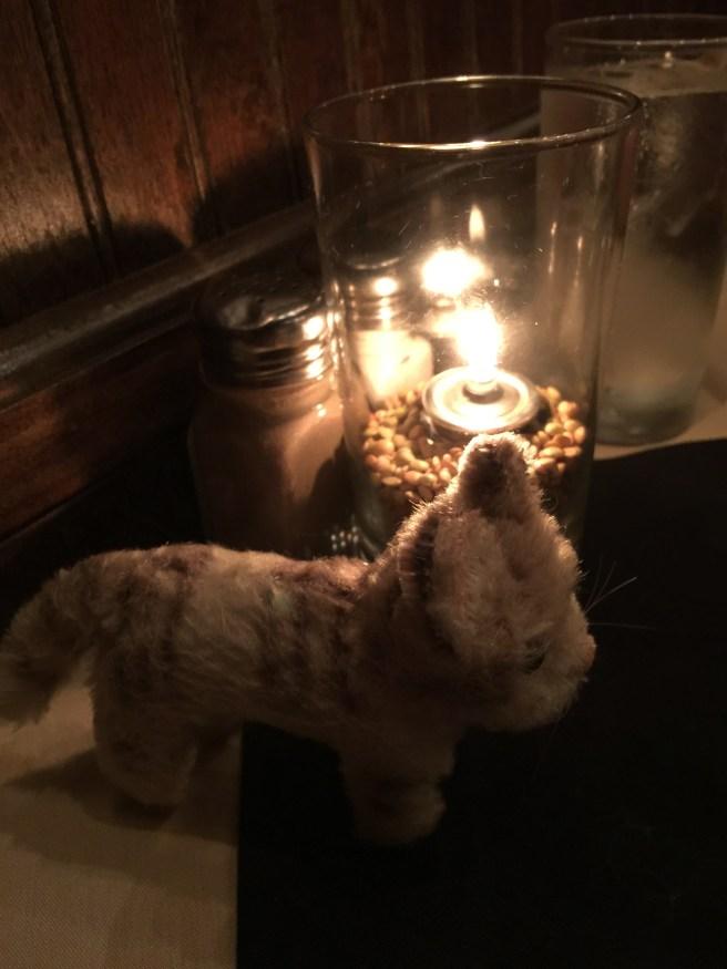 Frankie likes candlelit rooms