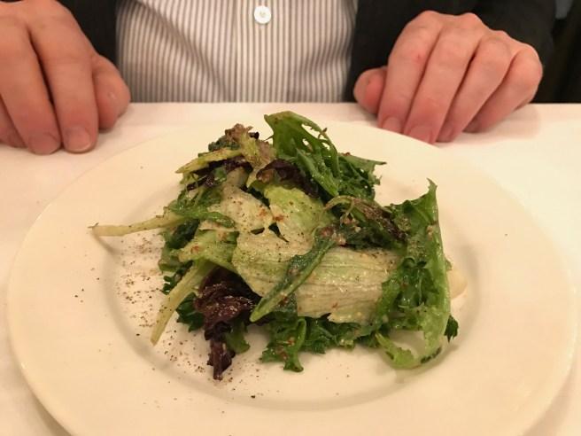 Grren salad with garlic