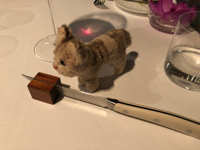 Frankie checked out the knife rest