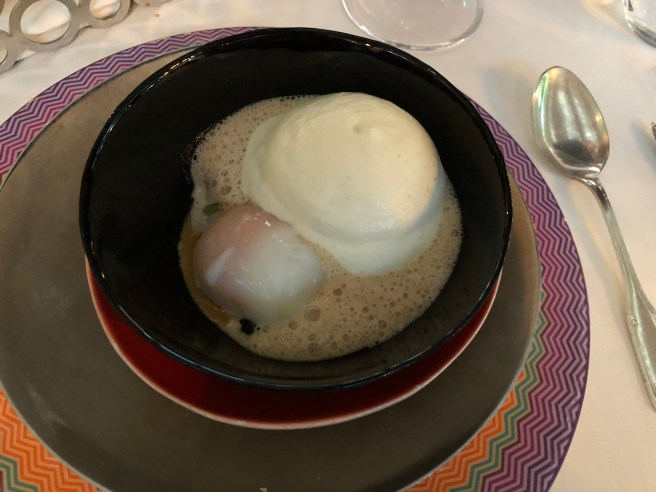 Asparagus morel cassoulet with Onsen egg, potato foam and chervil