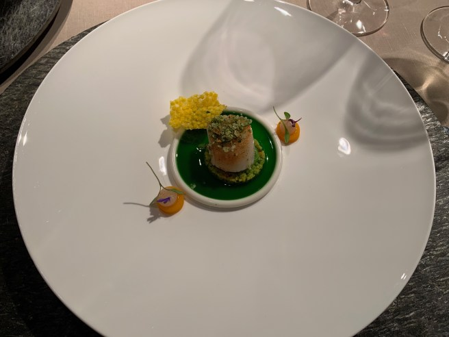 Fried scallop, couscous, green thaicurry, coconut and combava
