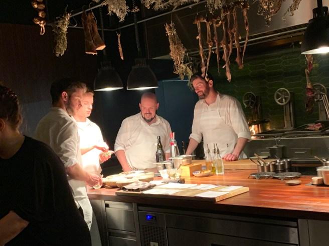 many chefs