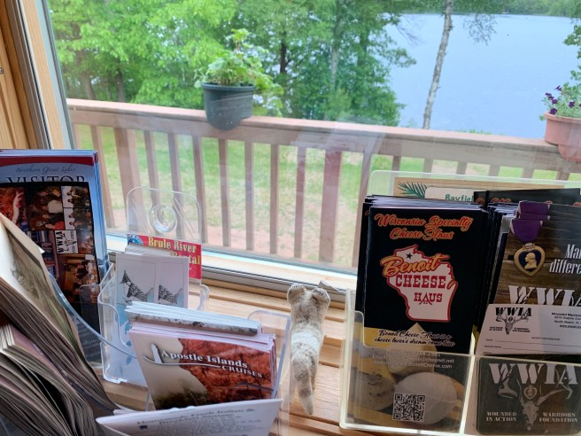 Frankie found brochures on area attractions