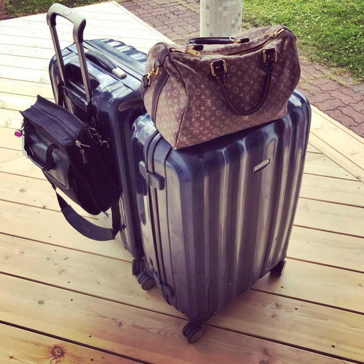 Good luggage makes couples travel smoother