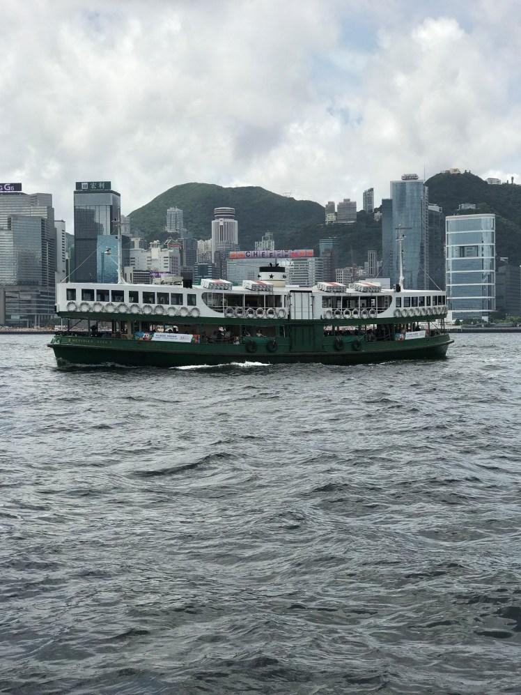 Star Ferry oing Kong