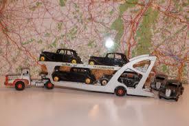 Les accessoires à privilégier pour le nettoyage et le dépoussiérage des voitures miniatures