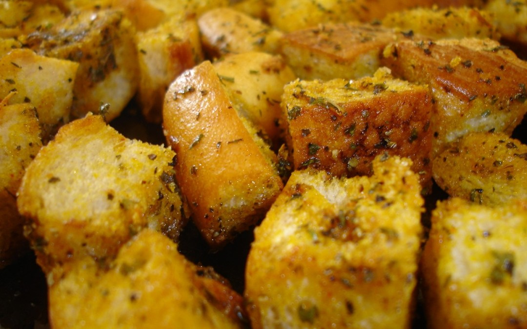 Easy Homemade Croutons