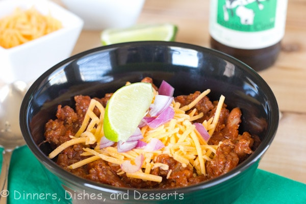 Beef Chili - a thick and chunky beef chili that is full of beans and tons of flavor. Great for chili winter nights!