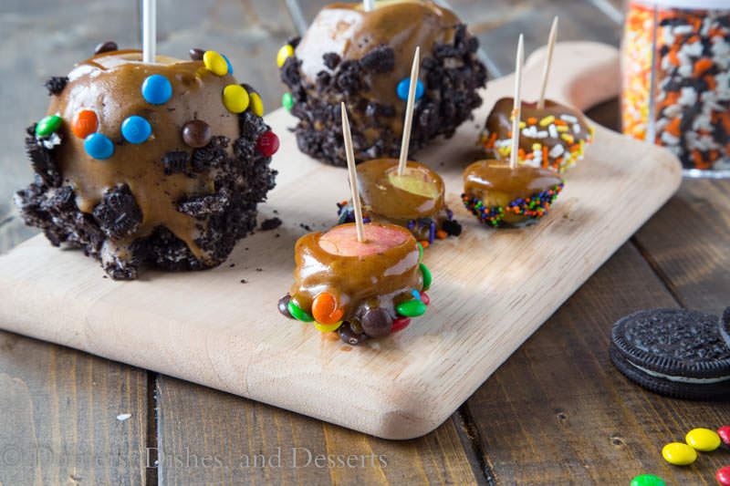 Mini Caramel Apples {Dinners, Dishes, and Desserts}