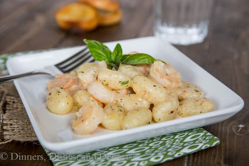 Gnocchi Shrimp Scampi {Dinners, Dishes, and Desserts}