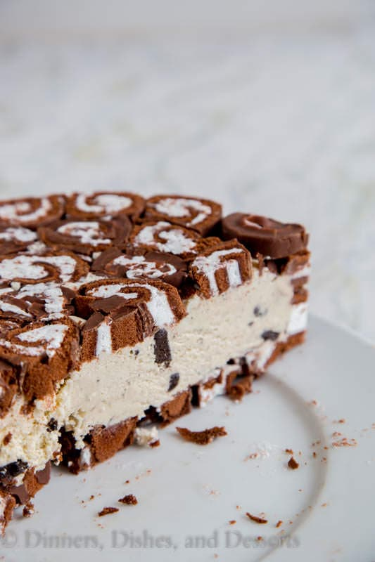 Swiss Roll Ice Cream Cake Recipe - take ice cream cake to a whole new level using Swiss Cake Rolls. No bake, and super easy. MUST MAKE!