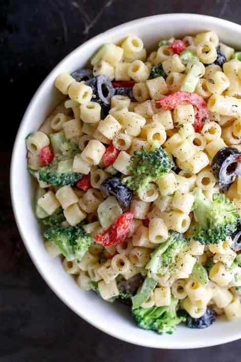 Creamy Summer Pasta Salad {Barefeet in the Kitchen}