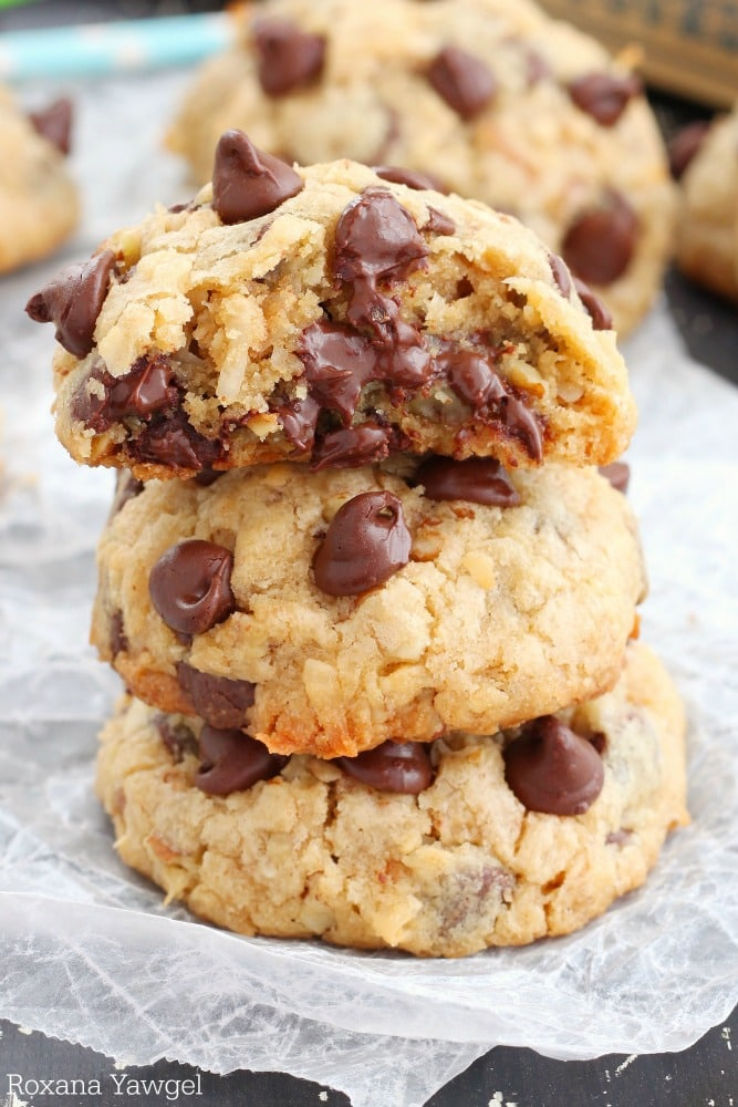 Loaded Chocolate Chip Cookies {Roxana's Home Baking}