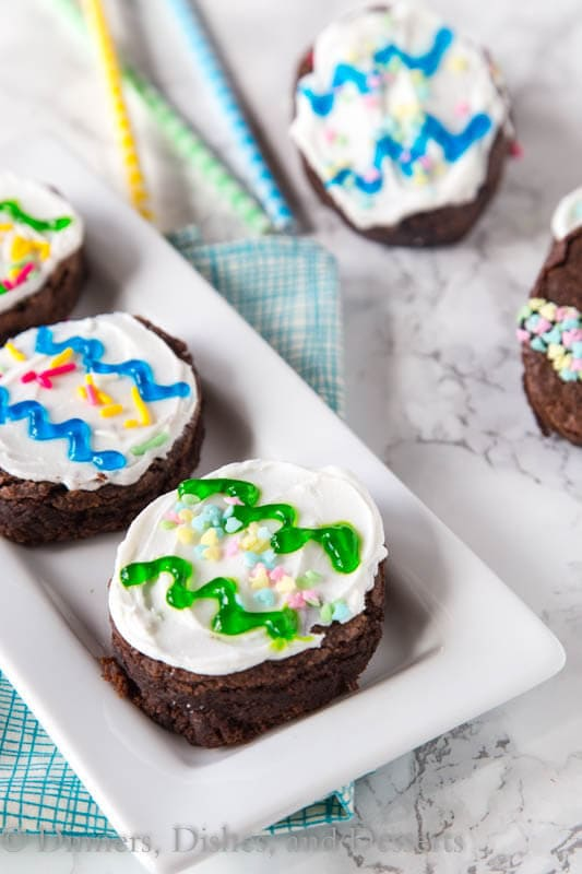 Brownie Easter Eggs - Brownies get a little makeover for Easter, all dressed up to look like Easter Eggs. So easy with a little frosting and sprinkles.