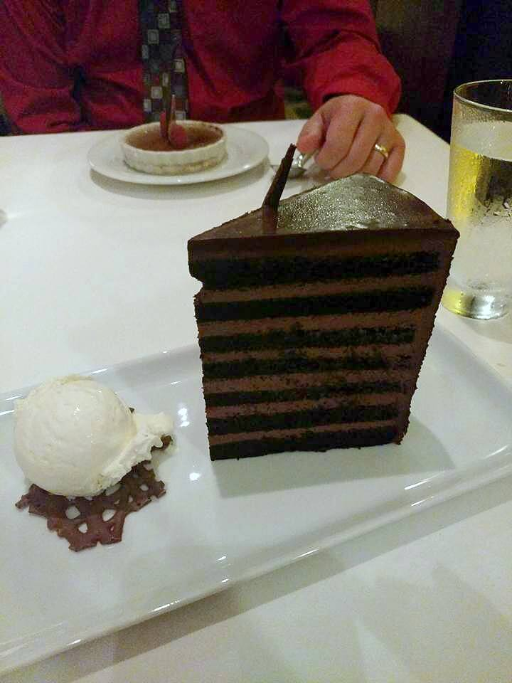 Dining Guide Pride of America - Cagney's 7 layer chocolate cake
