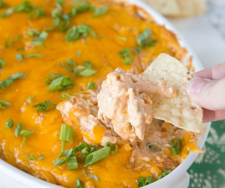 Barbecue Chicken Dip - get ready for game day and cover all your tailgating needs with this easy, cheesy dip!