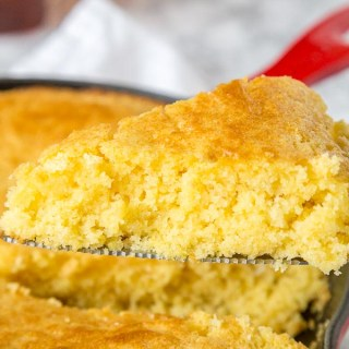 Best Cornbread Recipe- a sweet cornbread recipe that you can make in a skillet, a baking dish or even in a muffin tin. Stop searching, this will become your go to corn bread!